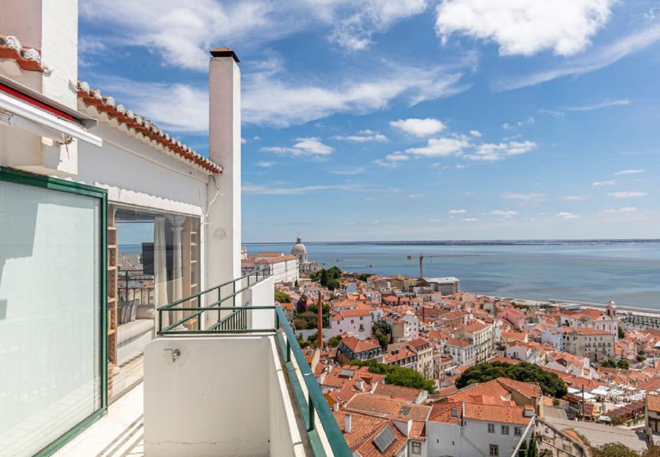 Apartment in Lisbon - Penthouse Terrace 360º Lisbon View 1 by Lisbonne Collection