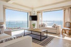Apartment in Lisbon - Penthouse Terrace 360º Lisbon View 1...