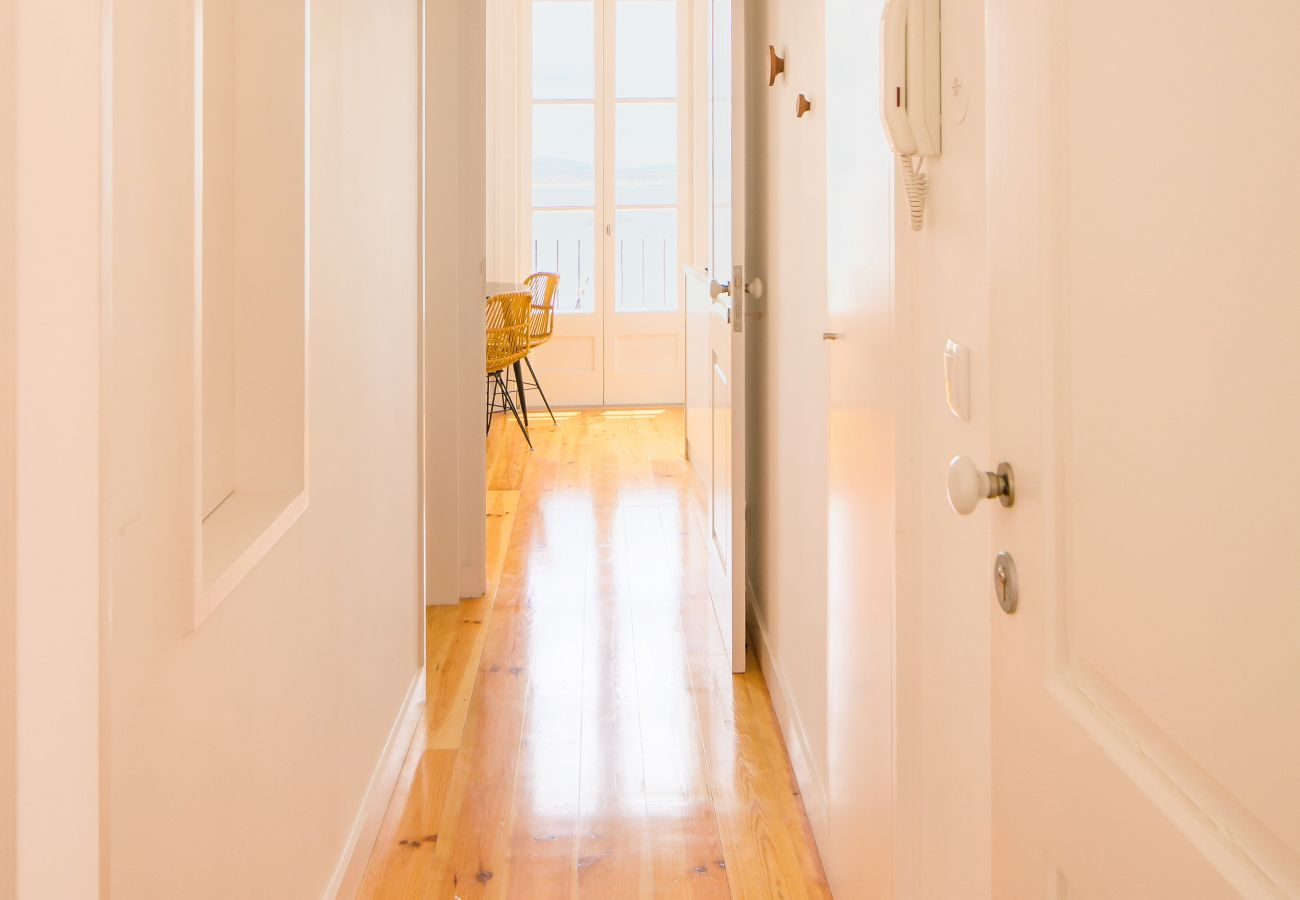 large, bright, spacious hallway in a beautiful, pleasant building in the city center
