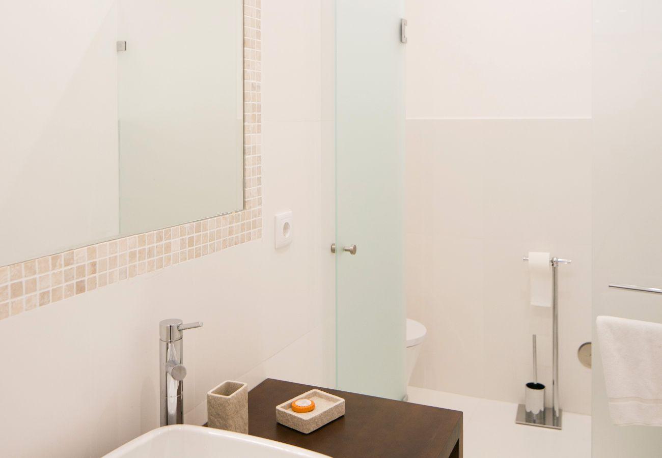 Bathroom with upscale contemporary decor