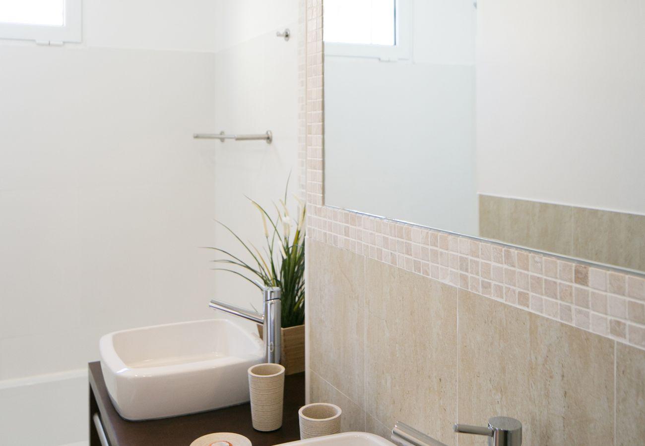 Bathroom with modern and prestigious bathtub Lisbon