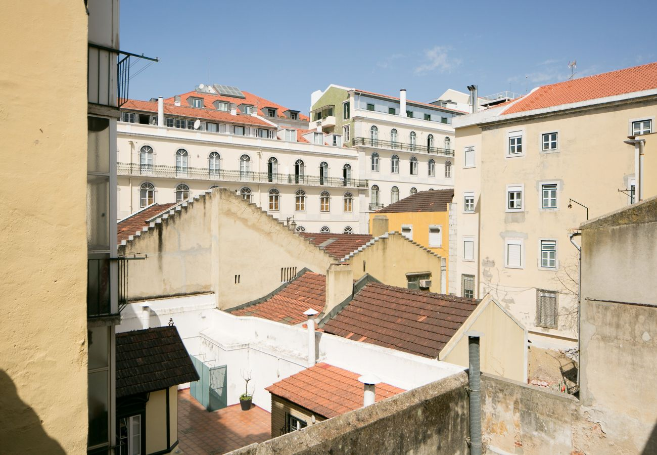 Hill of Chiado where are this rented apartment