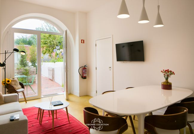 Luxury apartment for rent with garden in the heart of the Portuguese capital