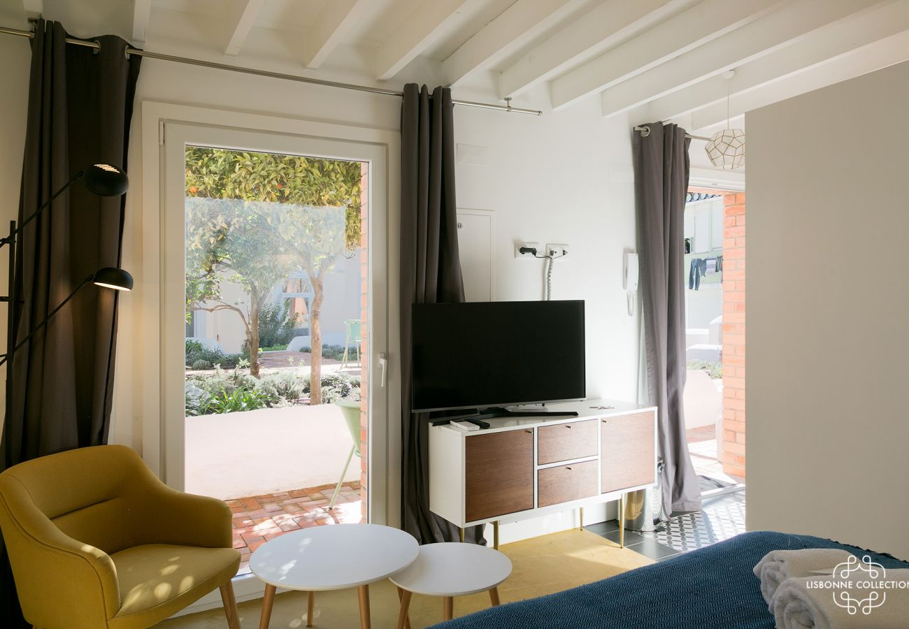 Studio rental apartment for 2 people with garden