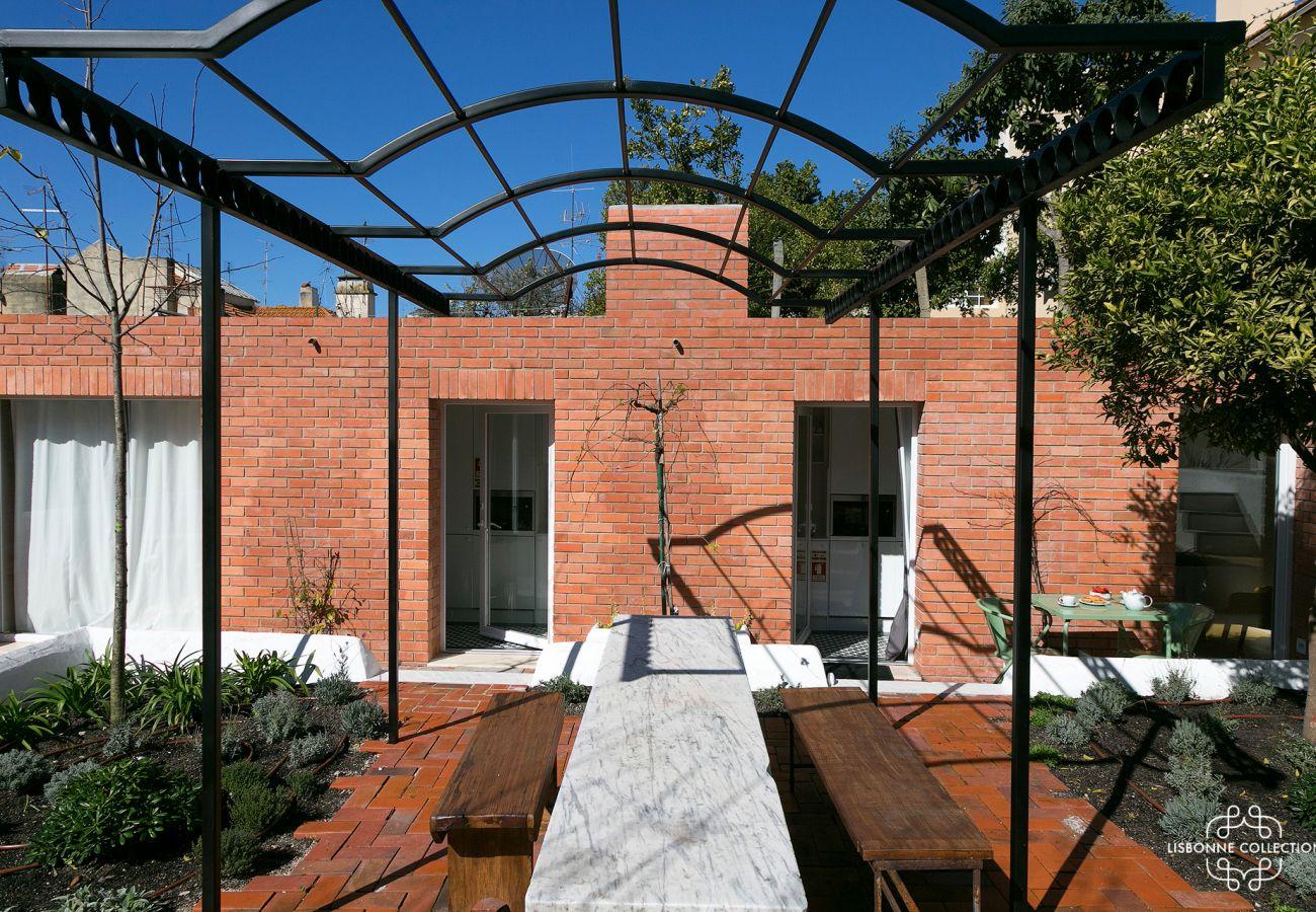 Prestigious high-end garden in Lisbon