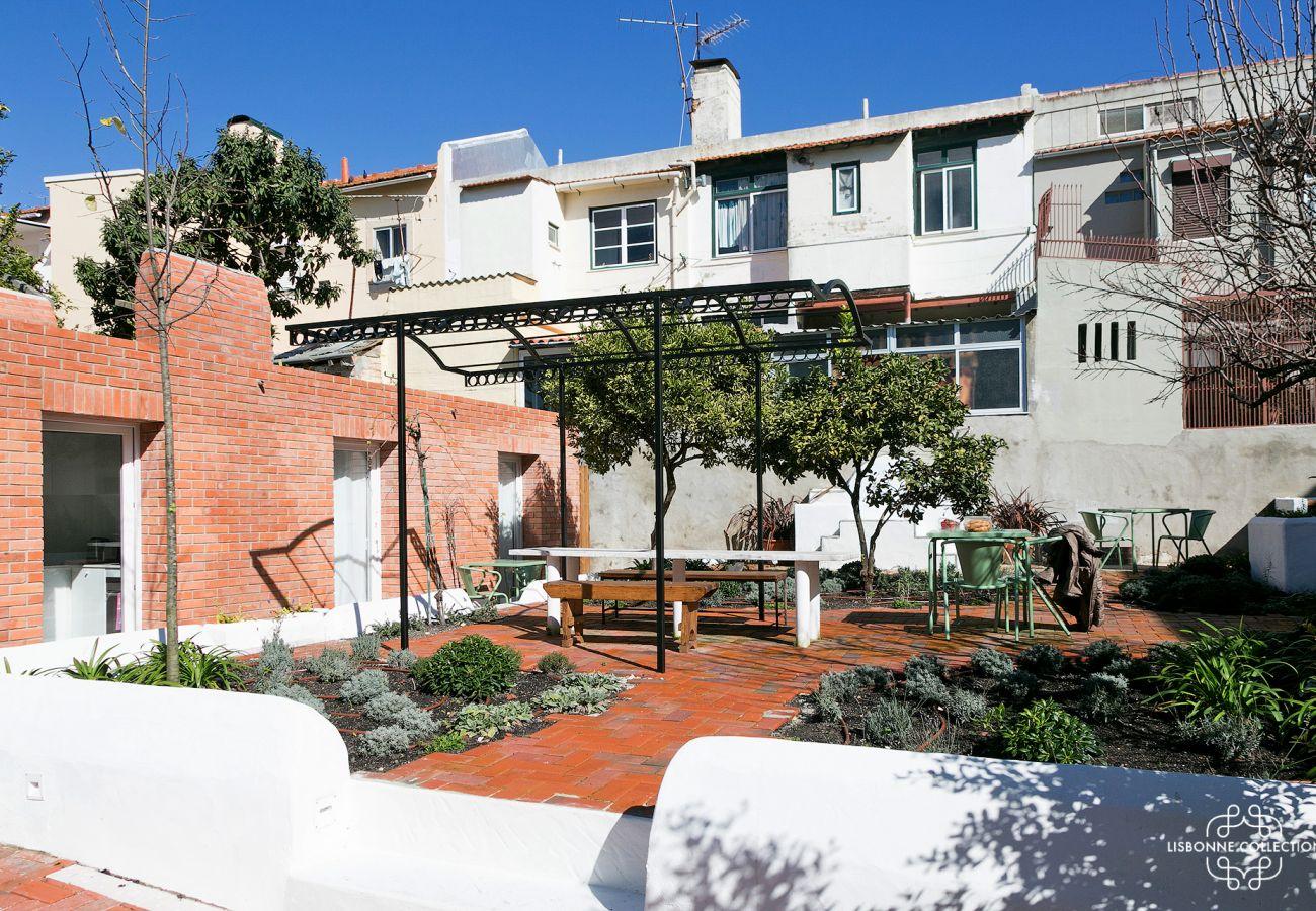 Jardinet of a Lisbon rental apartment
