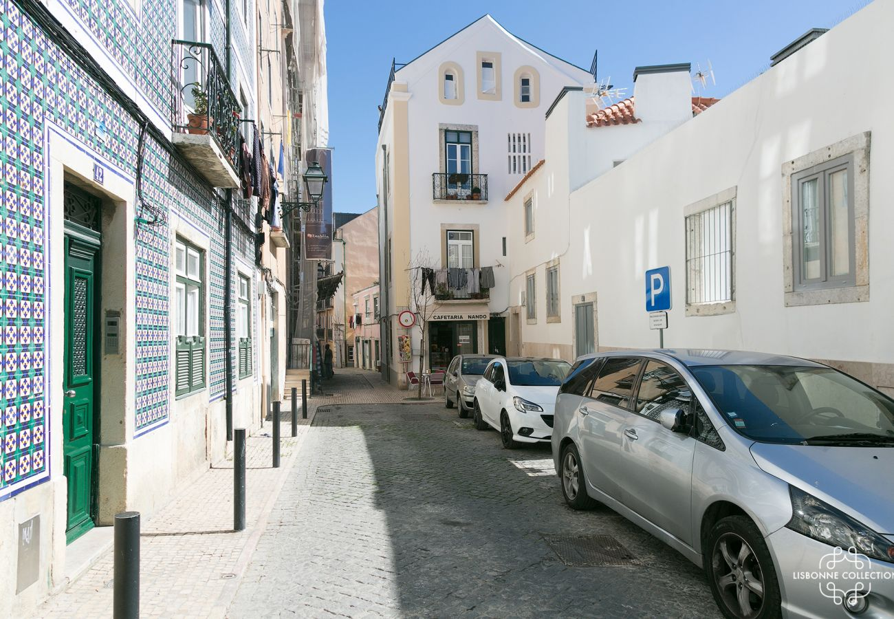 Typical streets of Lisbon in the district of Graça