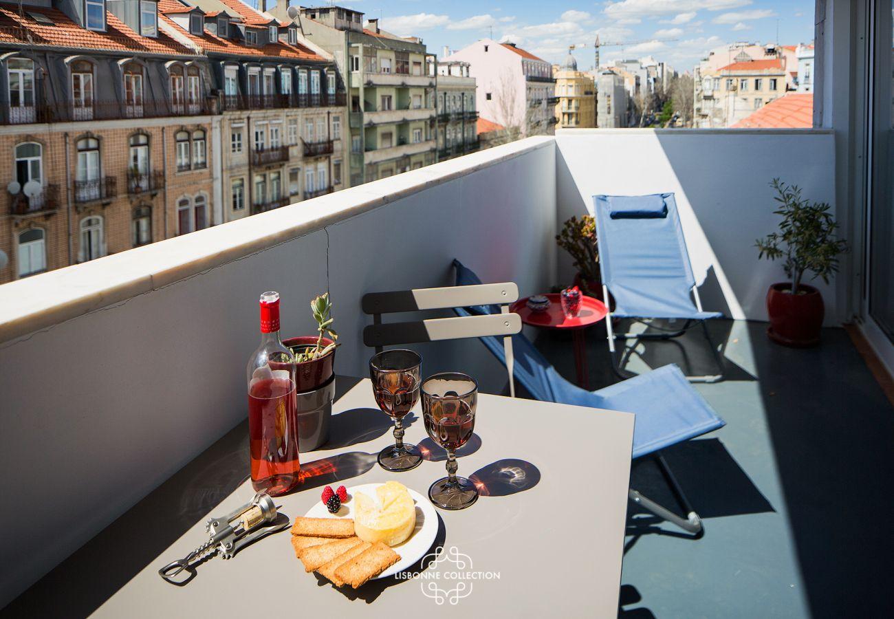 Outside access on a balcony-terrace overlooking Lisbon