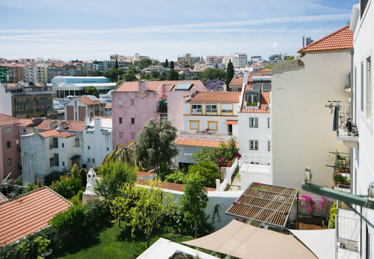 View of prestigious housing for rent in the center of Lisbon
