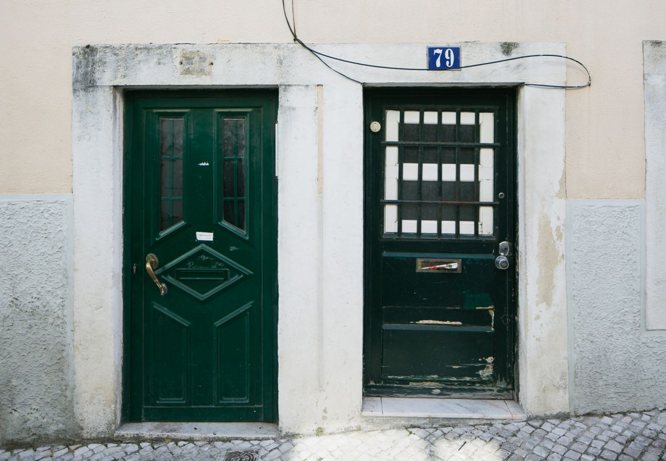 Entrance door to the rental apartment in the heart of Lisbon