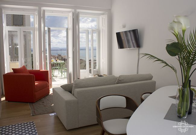 Apartment in Lisboa - Pedro Alexandrino Terrace River view 32 by Lisbonne Collection