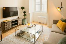 Apartment in Lisbon - Downtown Sleek Apartment 65 by Lisbonne...