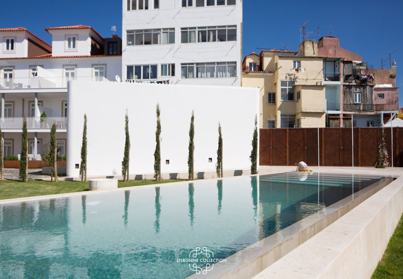 Apartment in Lisbon - Designer´s Apartment with Parking and swimming pool 58 by Lisbonne Collection