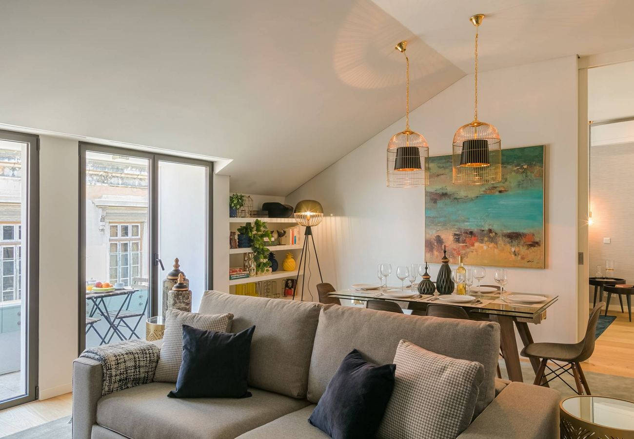 Apartment in Lisbon - Very central and cool 2 bed apartment with balcony & parking 77 by Lisbonne Collection