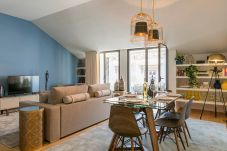 Apartment in Lisbon - Very central and cool 2 bed apartment...